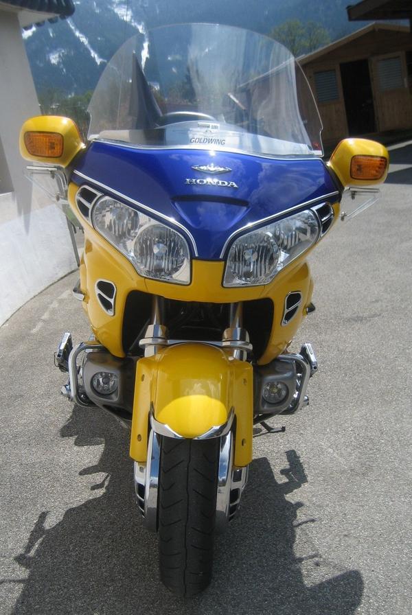 Honda Goldwing GL 1800- Deutsches Model - Schönau Königssee - Honda, GL 1800, 86,8 kW, 111000 km, EZ 06/2003, Gelb, TÜV 06/2019, 2. Hand, ABS, Garagenfahrzeug, Kardanantrieb, Koffer, Kofferträger, unfallfrei, Vollverkleidung. Zu verkaufen! Goldwing GL 1800, Dt.Model,TOP gepflegt!Was soll man  - Schönau Königssee