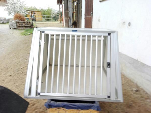 Hundebox für große Hunde aus Alu in Rosenheim - Zubehör für ...