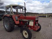 IHC 744S Traktor