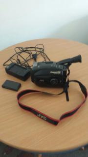 JVC - Videokamera VHS-Camcorder - neuwertig