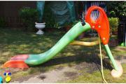 Kinderrutsche (auch Wasserrutsche)