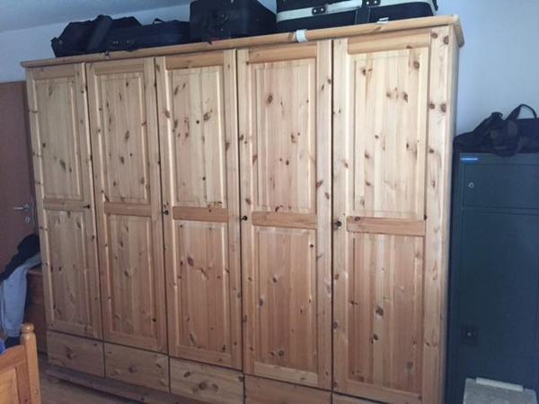 kleiderschrank fichte massiv in bregenz schr nke. Black Bedroom Furniture Sets. Home Design Ideas