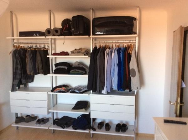 kleiderschrank kleiderregal clos it von raumregal. Black Bedroom Furniture Sets. Home Design Ideas