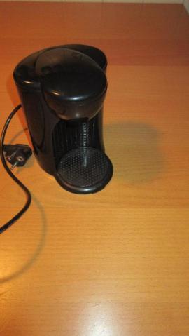 kleine kaffeemaschine f r eine tasse kaffee. Black Bedroom Furniture Sets. Home Design Ideas