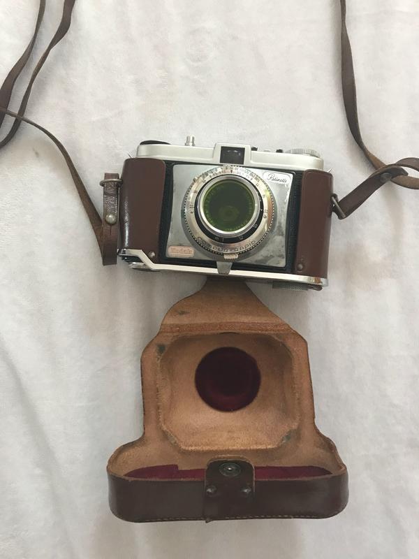 Kodak Retinette - Hirschaid - Die Kodak Retinette ist eine alte Fotokamera. Funktionstüchtig und alt ;-) - Hirschaid