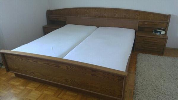 komplettes schlafzimmer in lauterach schr nke sonstige schlafzimmerm bel kaufen und verkaufen. Black Bedroom Furniture Sets. Home Design Ideas