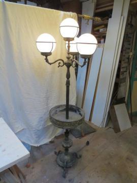 lampen licht zu verkaufen local24 kostenlose kleinanzeigen. Black Bedroom Furniture Sets. Home Design Ideas
