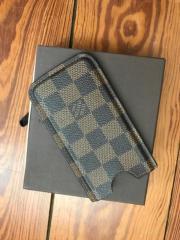 Louis Vuitton Handycase