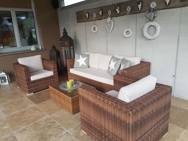 loungegarnitur aus kunstoff rattan gartenm bel lounge garnitur in hohenems kaufen und. Black Bedroom Furniture Sets. Home Design Ideas