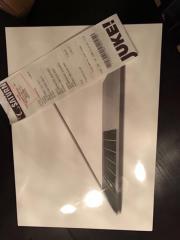 MacBook 15,4