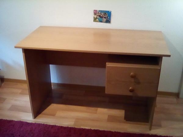 Massiver Schreibtisch aus Holz in Heidelberg - Büromöbel kaufen und ...
