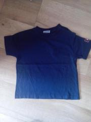 mehrere T-Shirts