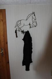 metallenes Garderoben-Pferd für die Flurwand