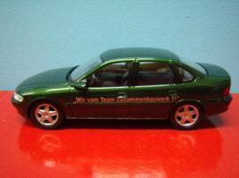 Modellautos - Modellauto Opel Vectra B dunkelgrünmetallic