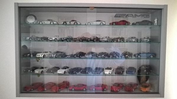 Modellautosammlung Ferrari Lamborghini Mercedes Porsche