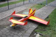 Modellflugzeug Verbrenner Entenflieger