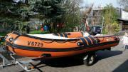 Motorboot Schlauchboot mit