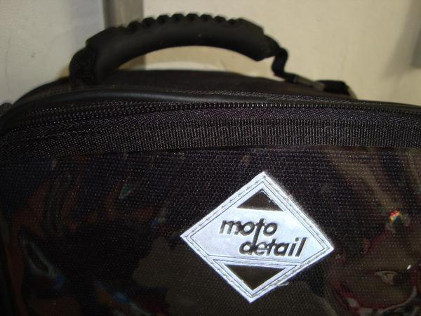 Motorradtaschen und -stiefel zu verkaufen