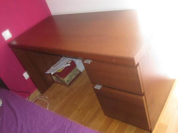 Möbel möbel braun schreibtisch : München IKEA MALM Schreibtisch, Braun, gebraucht, nur ...