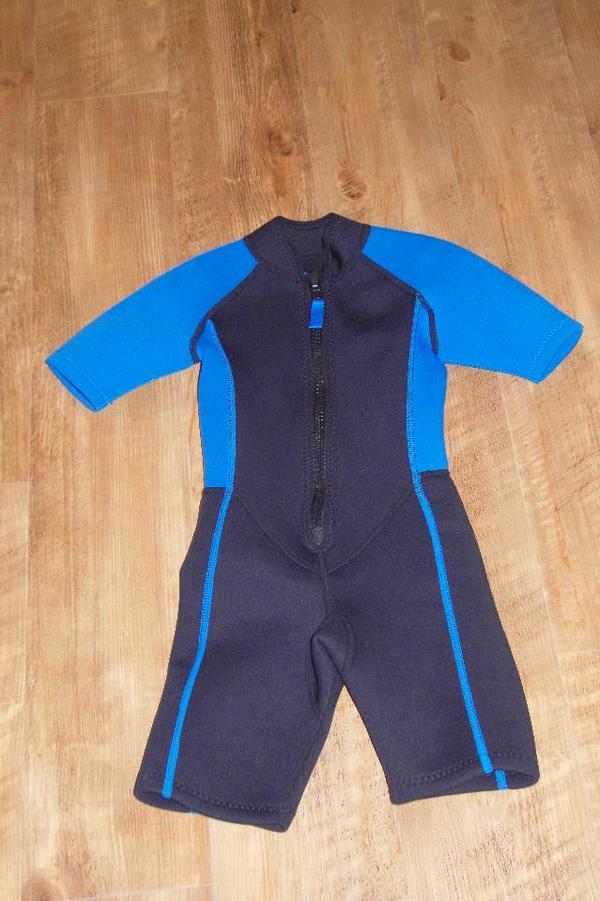 new style 6ce8b cab0f Neopren Anzug für Kinder 110/116 blau/schwarz in Erlangen ...