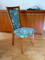 Neuwertige Esszimmer Stühle