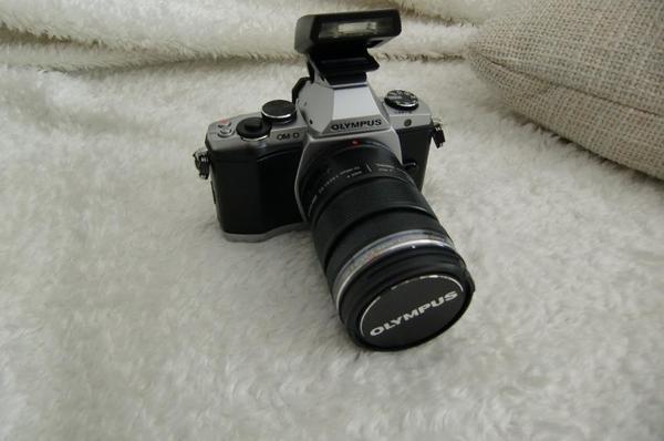 Olympus Digitalkamera OM-D5 ED 12 - 50 mm + 1 ED 40-150 Zusätzliche Objektiv neue
