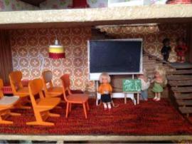 Bild 4 - Puppenhaus 70 er Jahre 80 - Starnberg