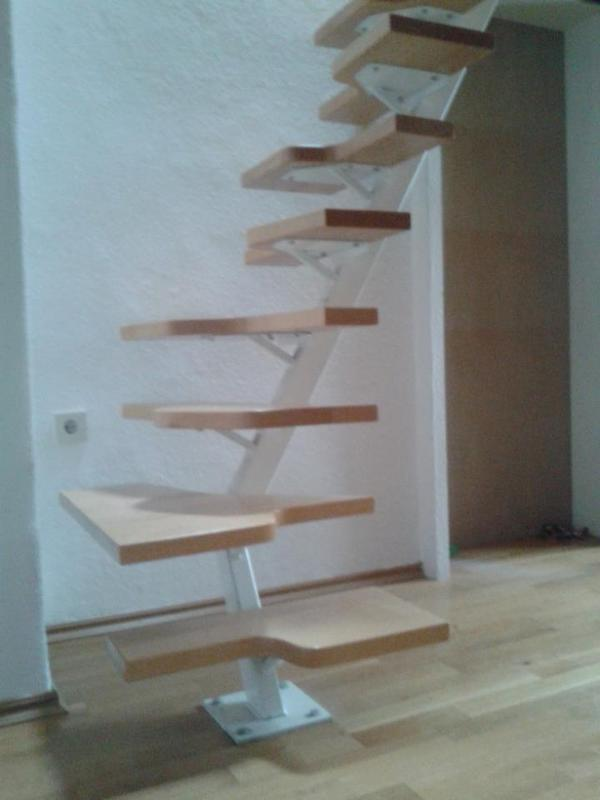 sambatreppe z b f r dachboden oder galerie in haar. Black Bedroom Furniture Sets. Home Design Ideas