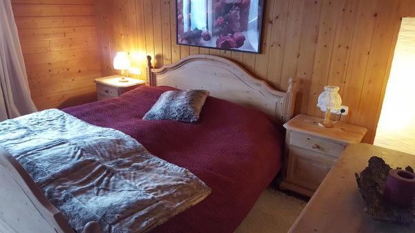 schlafzimmer komplett fichte massiv in gurtis schr nke. Black Bedroom Furniture Sets. Home Design Ideas