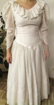Schönes Hochzeitskleid (Gr.
