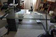 Schreibtisch mit Glasplatte,