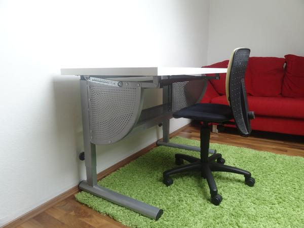 schreibtisch stuhl gebraucht kaufen nur 3 st bis 75. Black Bedroom Furniture Sets. Home Design Ideas