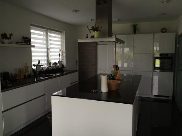 k che mit ger ten. Black Bedroom Furniture Sets. Home Design Ideas
