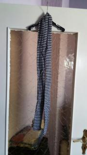 4744f74c85963 schwarz grauer dünner Schal