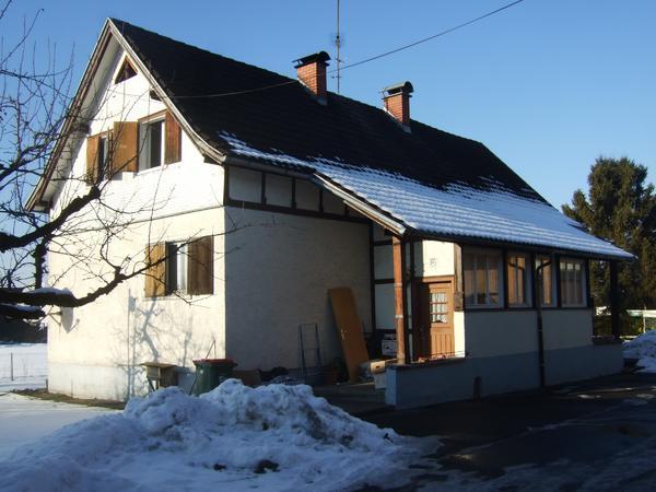 schweizer ton dachziegel utzenaich in dornbirn fliesen keramik ziegel kaufen und verkaufen. Black Bedroom Furniture Sets. Home Design Ideas