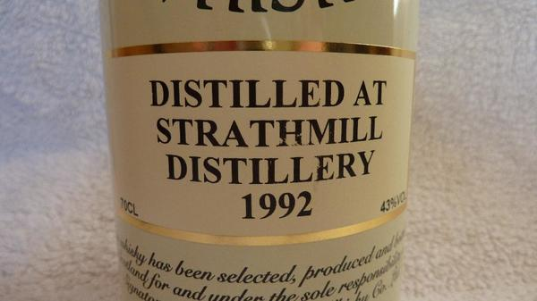 Signatory Vintage Strathmill Distillery 1992 Single Malt Whisky 43% 1x0, 7L - Seligenstadt - Hier wird eine absolute Whiskyrarität angeboten. Die Strathmill Abfüllung aus dem Sherryfass (1992-2002) des unabhängigen Abfüllers Signatory ist, wenn überhaupt, nur noch zu horenden Preisen zu bekommen. Es handelt sich um die 0,7l-Fl - Seligenstadt