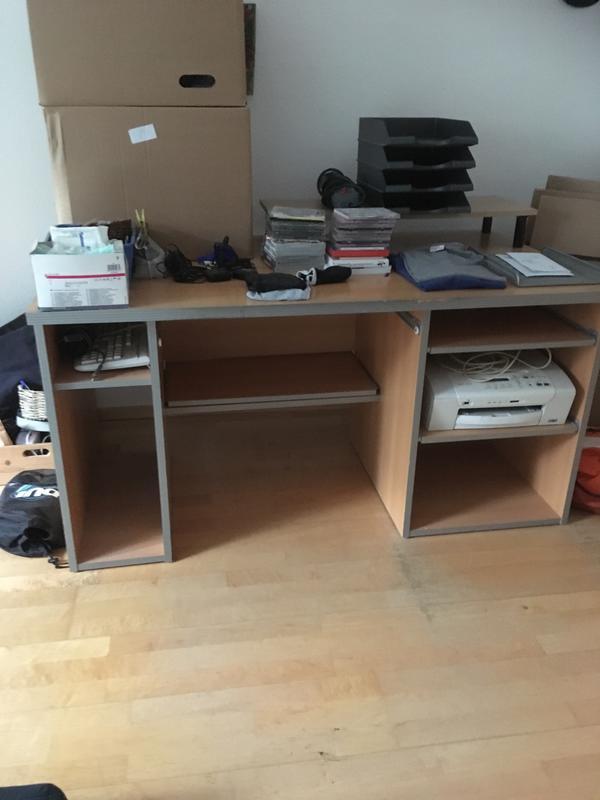 Stabiler Schreibtisch mit rollcontainer zu verschenken in Mannheim ...