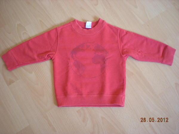 Sweatshirt Gr. 86 Petit Bateau NP 49, 99 EUR - Wiesloch - Sweatshirt von Petit Bateau Gr.86,Farbe rot, wenig getragen und nur von 1 Kind , guter gebrauchter Zustand , keine Flecken und keine Löcher,Nichtraucherhaushalt und keine Tiere - Wiesloch