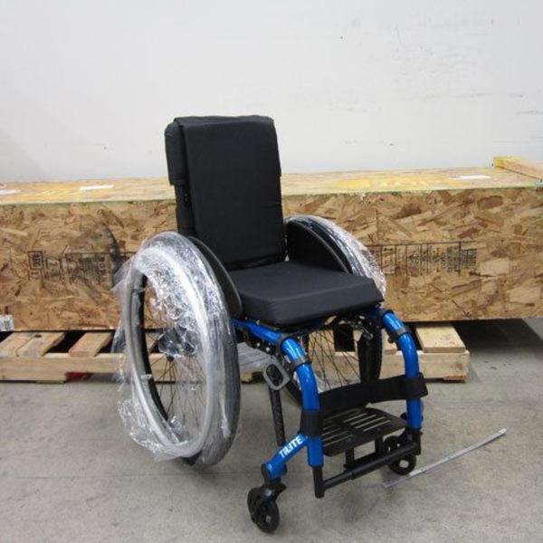 tilite 16x17 aero x leichte aluminium rollstuhl in hamburg medizinische hilfsmittel. Black Bedroom Furniture Sets. Home Design Ideas