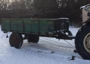 Traktoranhänger / Holzkarre