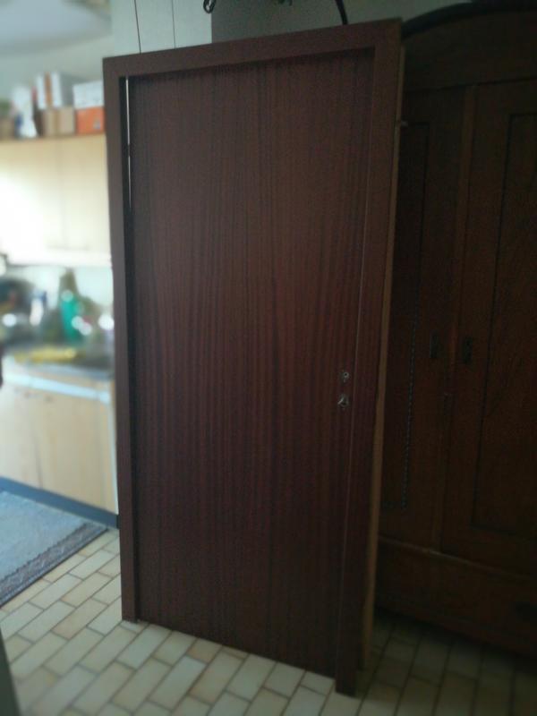 Türen und zargen  Türen mit Zargen, Lattenrost in Gundelsheim - Türen, Zargen, Tore ...