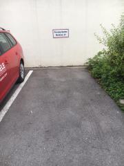 Vermiete: Parkplatz/Tiefgaragenplatz
