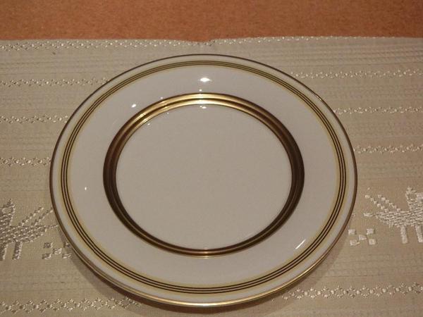 villeroy boch vivian gold fr hst cksteller kuchenteller porzellan neu durchm 21 cm in mainz. Black Bedroom Furniture Sets. Home Design Ideas