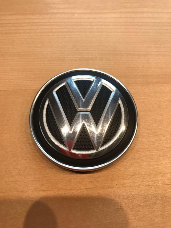 VW Golf 7 Emblem Alufelge Madrid - Freising Sünzhausen - Kann in München oder Freising versandkostenfrei abgeholt werden. Versand zzgl. Versandkosten gerne möglich. - Freising Sünzhausen