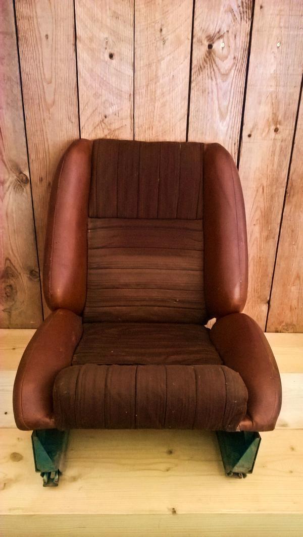 wartburg 353 genex sitze sportsitze mit konsolen in. Black Bedroom Furniture Sets. Home Design Ideas