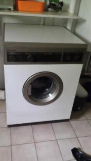Waschmaschine billig abzugeben