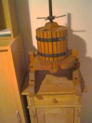 Weinpresse klein Deko