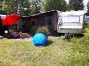 Wohnwagen mit Dauerstellplatz