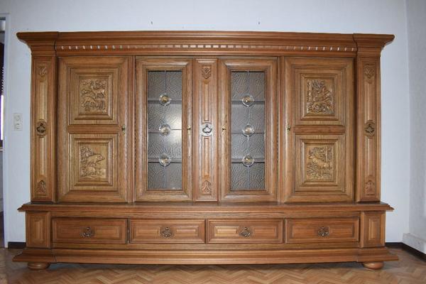 Wohnzimmerschrank Eiche Rustikal mit besonderer Einteilung in ...