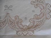 wunderschöne antike Leinen- Tischdecke mit